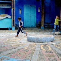 Jugando en Chefchaouen – Erika Palmieri