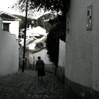 Perderse por las calles del Albayzin – Maria Elveni